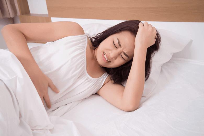 đau bụng dai dẳng